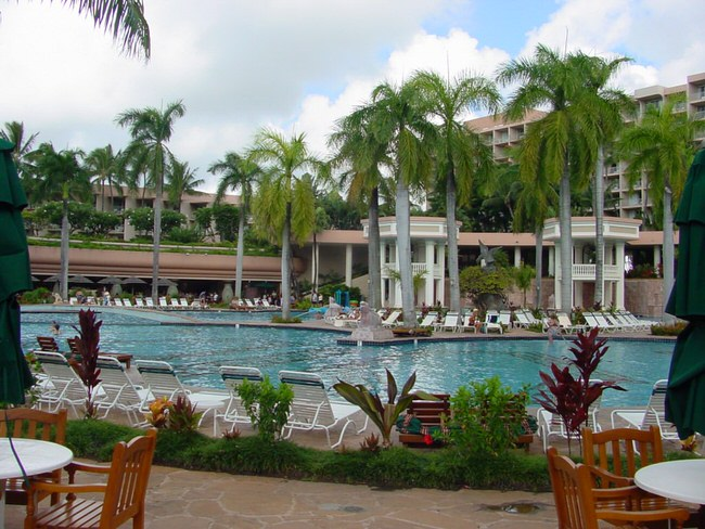 Kauai luxury vacations honeymoons hotels travel wizard for Hawaii home packages